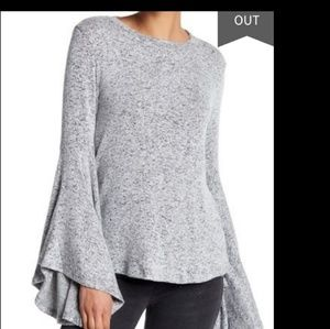 philosophy bell sleeved sweater gray and black